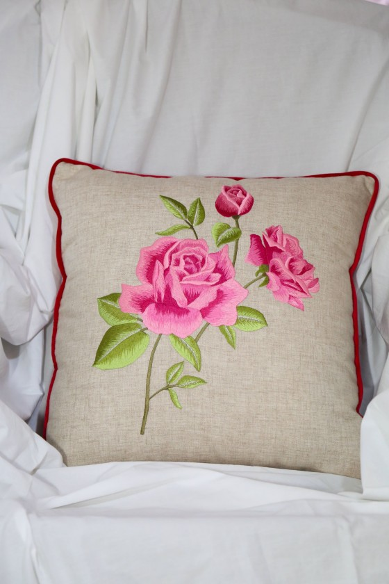 Roses baratto embroidery...